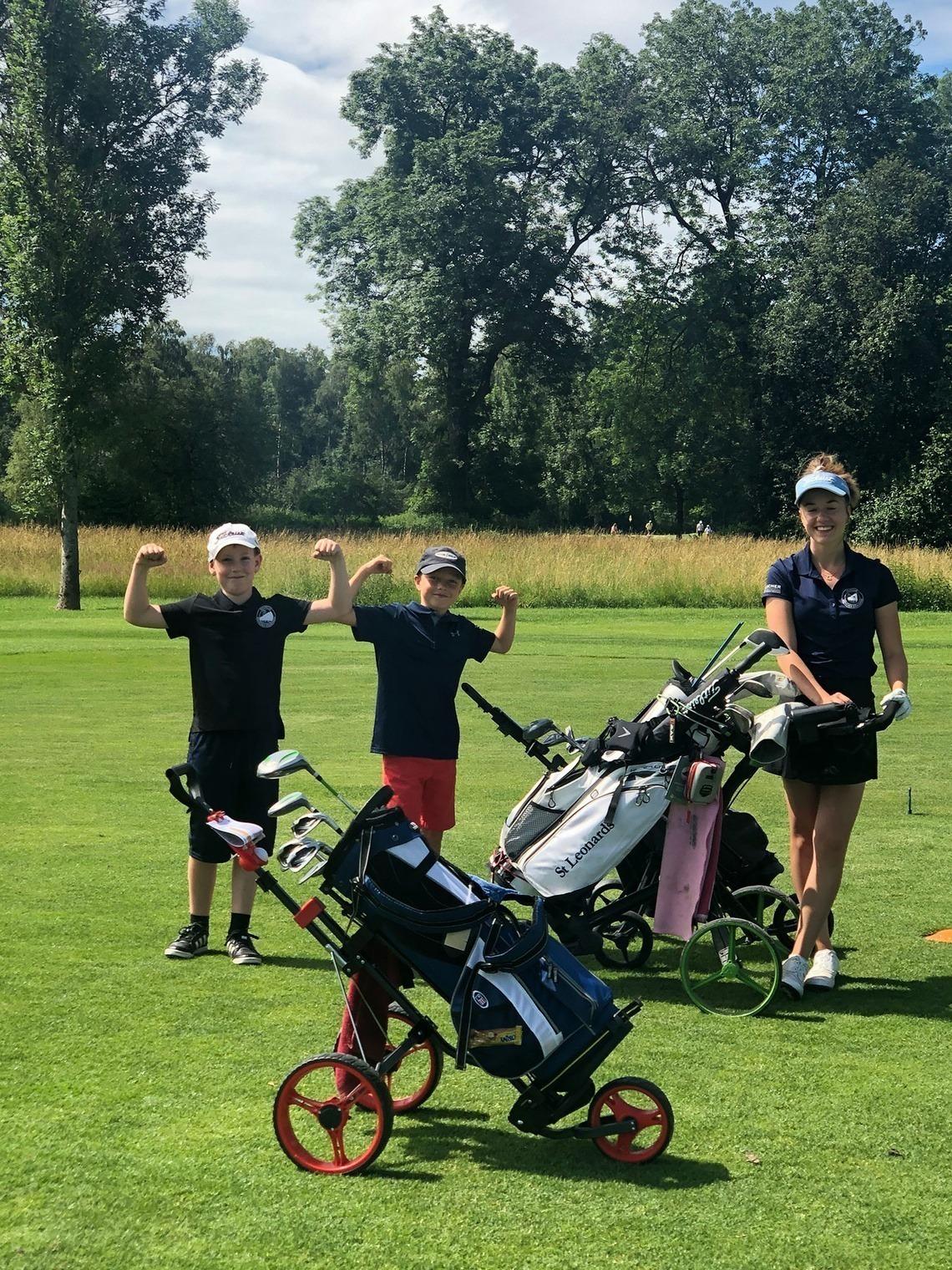 """Große """"Profi""""-Spielerin und starke Nachwuchs-Golfer"""