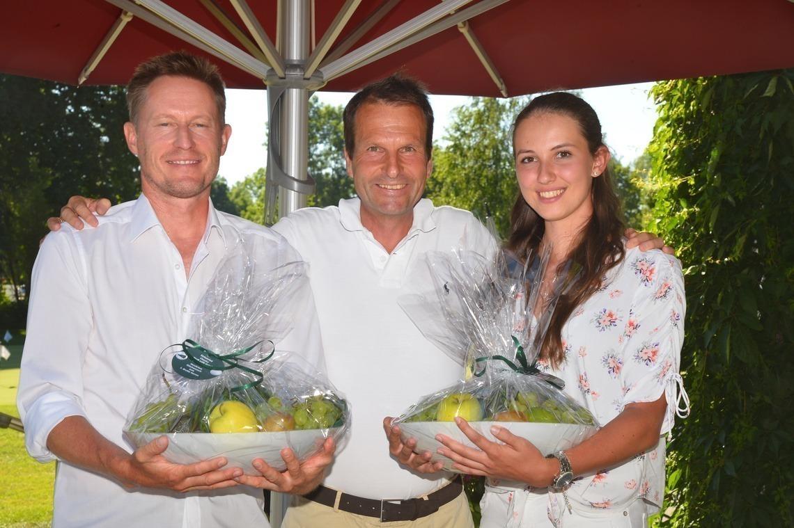 Bruttosieger mit Geschäftsführer: Tomas Nydahl, Wolfgang Michel und Nathalie Irlbacher