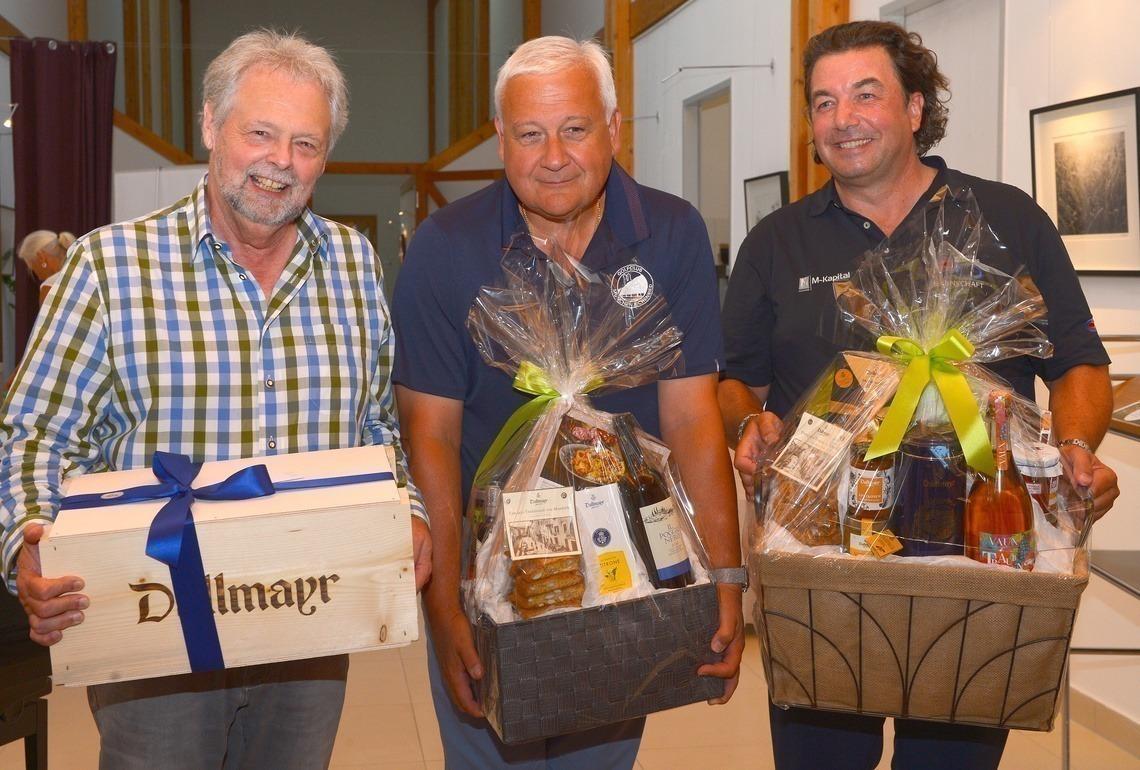 Netto A-Sieger v. l. n. r.: Kurt Kreibich, 3., Wolfgang Thalmeir, 2., und Markus Fauerbach, Gewinner, der sein Handicap auf 7,9 verbesserte.