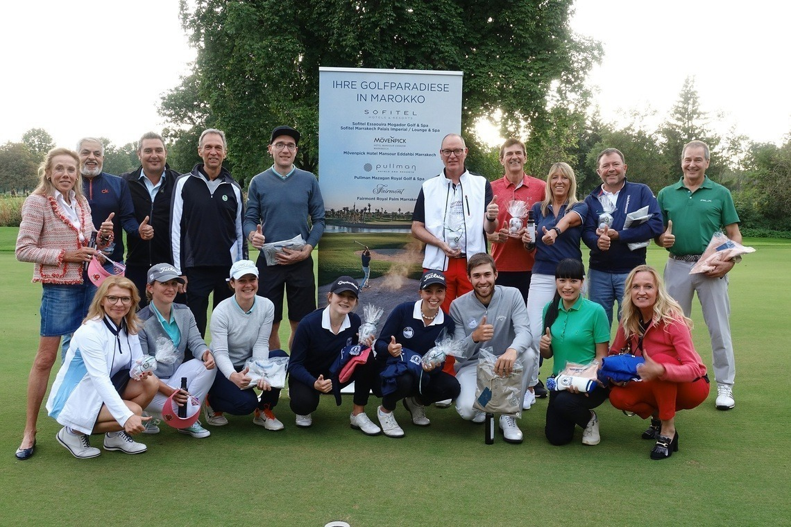 Alle Sieger freuten sich über einen gelungenen Golftag und die tollen Preise des Turniersponsors Hotel Fairmont Royal Palm Marrakech.