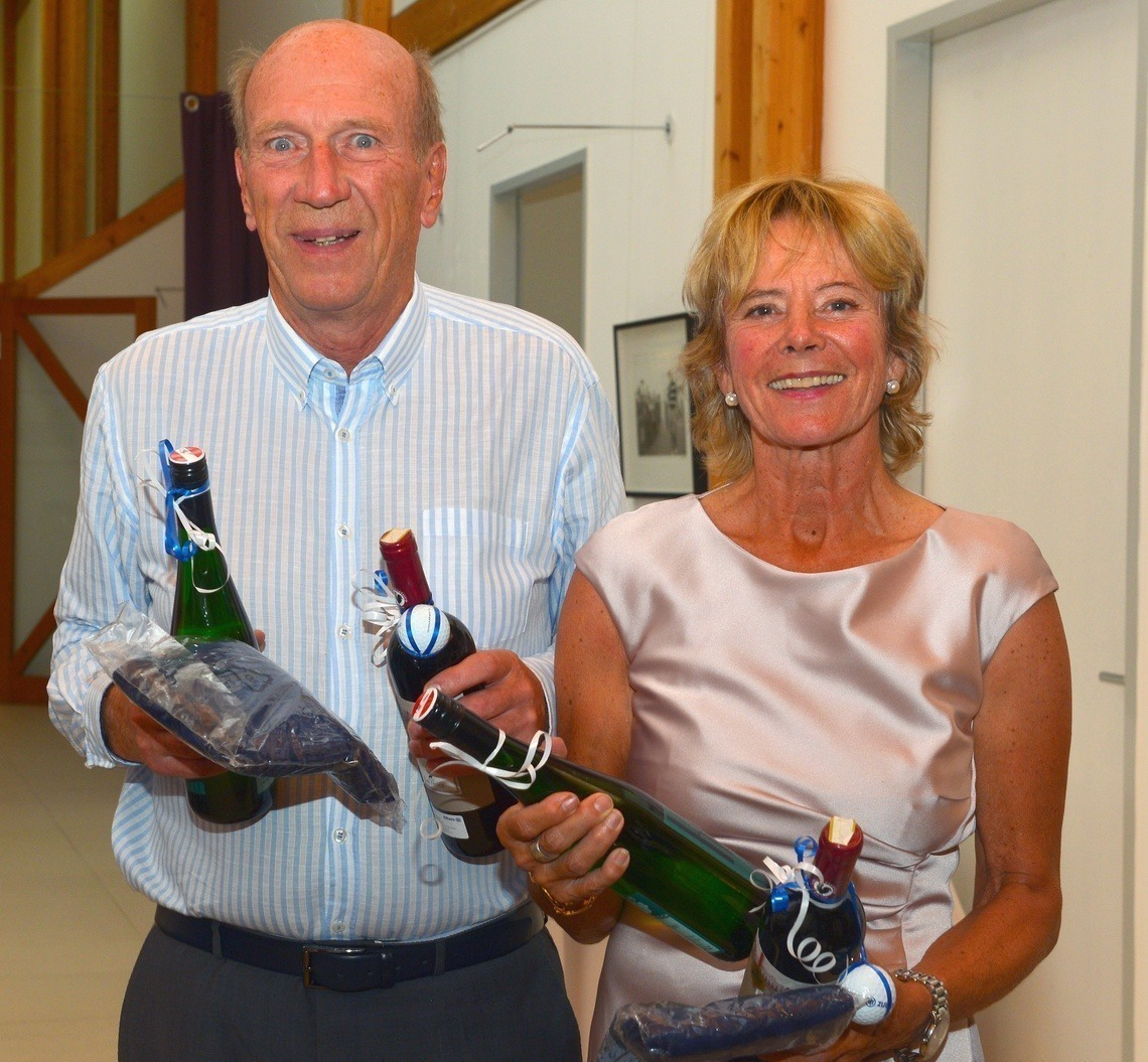 Nearest-to-the-Pin-Gewinner: Roland Stitz und Johanna Holdenrieder