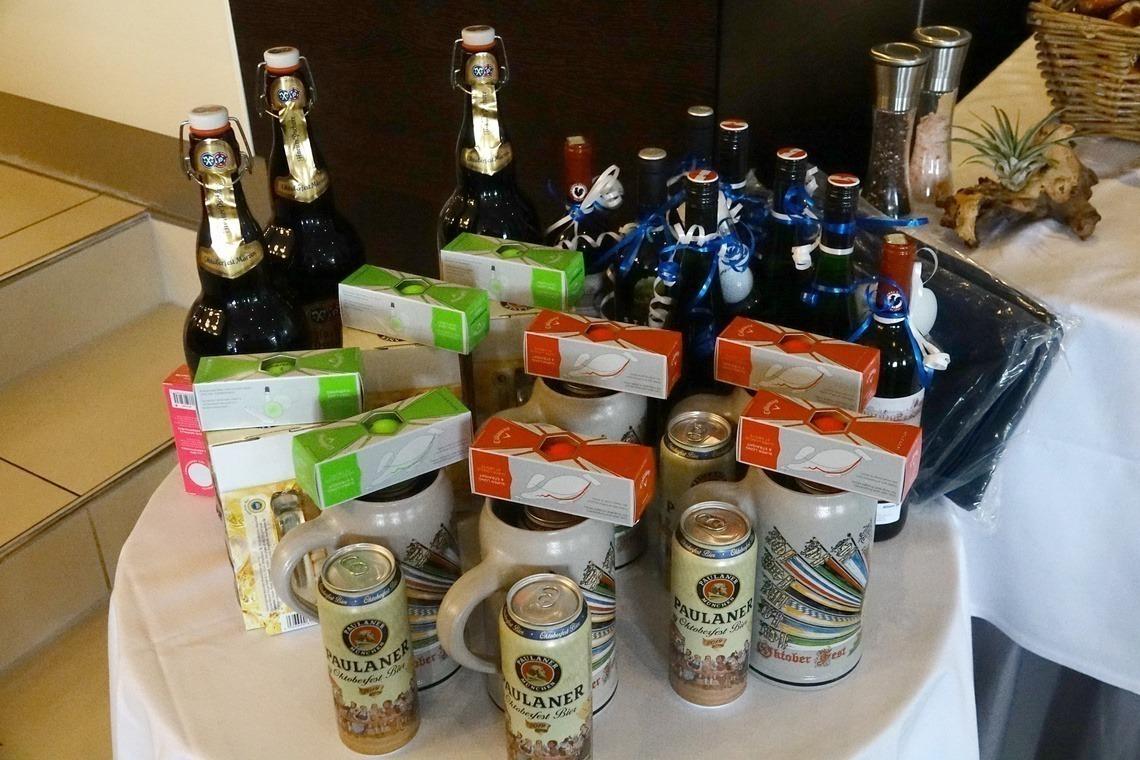 Was gibt es beim Oktoberfest-Turnier für Preise? Natürlich Bier!